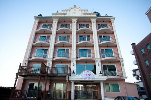 Motel Sebin - Goodstay