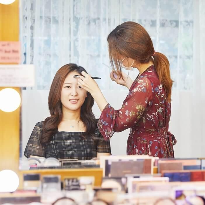 Make-up Sehari-hari
