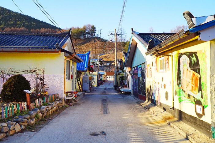 Alam & Seni Menunggu di Gangwon-do