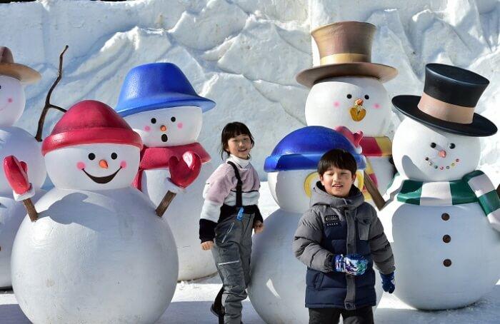 Festival Salju Daegwallyeong (대관령 눈꽃축제)