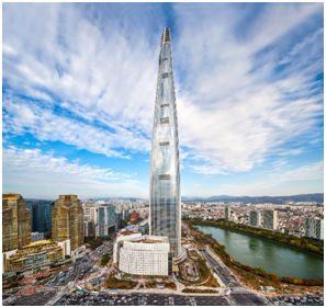 Naik ke Observatorium di lantai 118 Lotte World Tower Membuat Kaki Bergetar