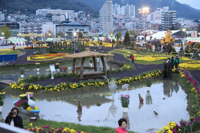 Festival Bunga Chrysanthemum Masan Gagopa