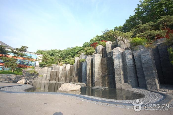 Taman Seni Anyang