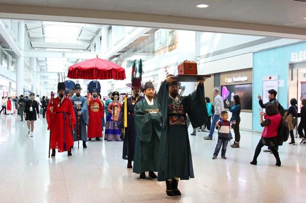 Bertemu Ratu dan Ratu di Stasiun Seoul