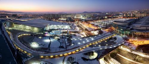 KINTEX (Korea International Exhibition and Convention Center/Pusat Pameran dan Konvensi Internasional Korea)