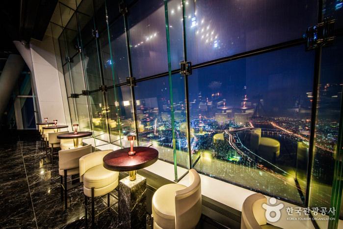 Lotte World Tower Seoul Sky