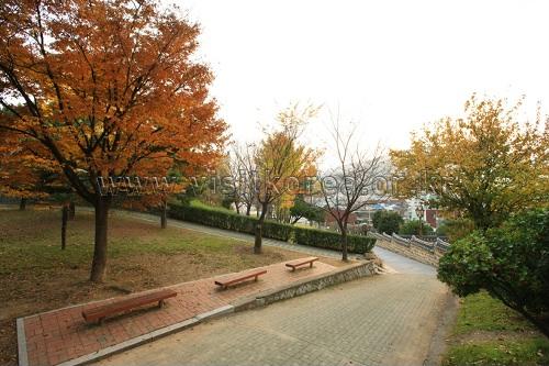 Taman Suyeong Sajeok