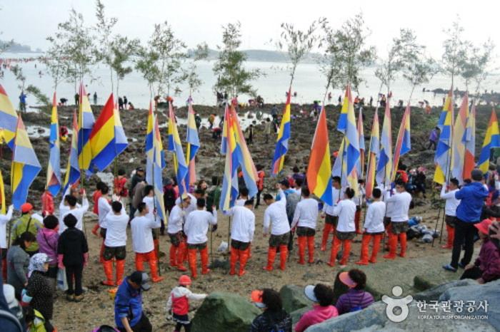 Festival Jindo Miracle Sea Road