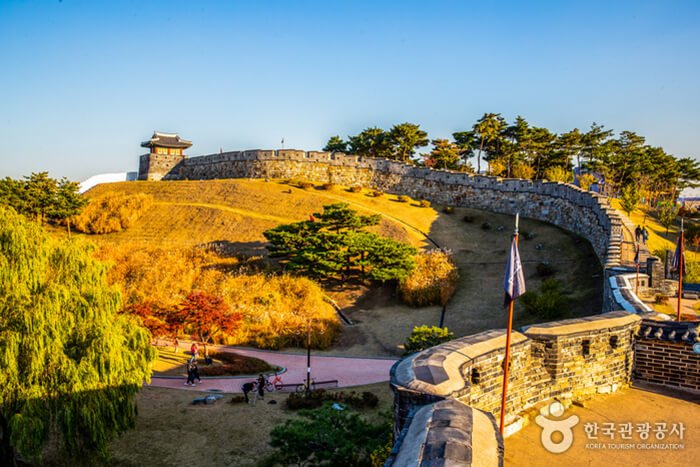 Benteng Hwaseong  [UNESCO World Heritage]