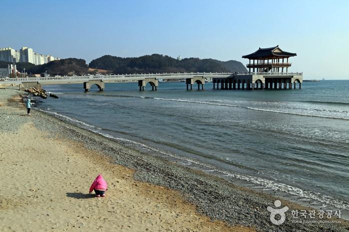 Pantai Yeongildae