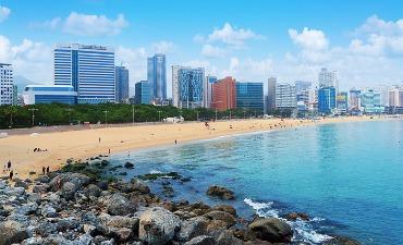 Kunjungi 10 Destinasi Pantai ini di Musim Panas!