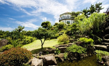 Jeju Herb Dongsan (Herb Garden)