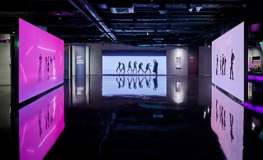 Photo_Barang K-Pop untuk BTS·Seventeen·NU'EST di HYBE INSIGHT