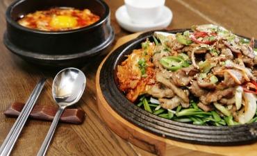 Doodaemun Jip, Insadong