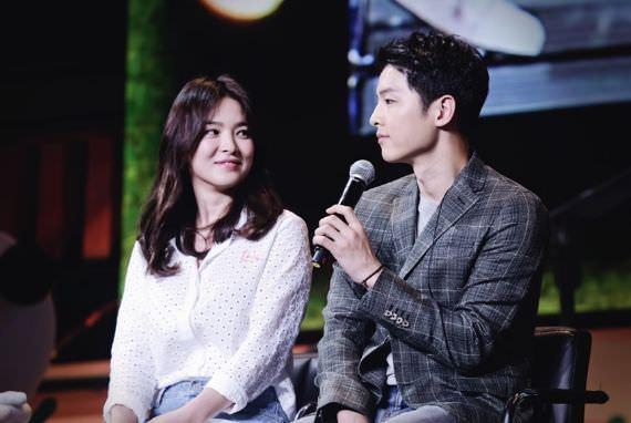 Bikin Baper! Song Joong Ki Ungkap Rasa Cinta Pada Song Hye Kyo di Depan Umum