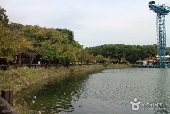 Yuldong Nature Park