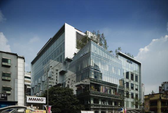 NOON SQUARE Myeongdong  (Pusat Perbelanjaan)