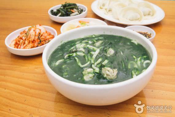 Restoran Mokcheon Jip (Encore Kalguksu)