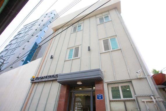 K-POP Residence Cabang Dongdaemun - Goodstay