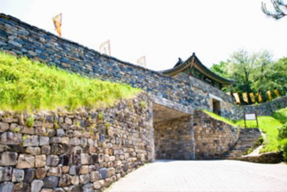 Daerah Bersejarah Baekje yang Terdaftar Pada Daftar Warisan Dunia UNESCO
