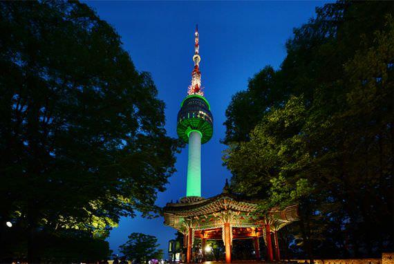 Landmark Seoul yang Harus Kamu Kunjungi, Namsan Seoul Tower