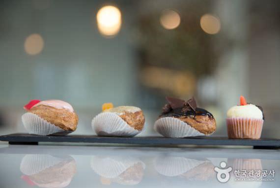 Kafe Dessert Sona