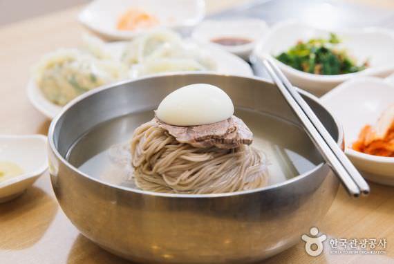 Restoran Mi Dingin Jungin Myeonok