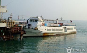 Heundae Cruise Boat