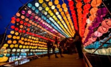 Seoul Bersinar Terang Berkat Festival Lampion Seoul!
